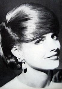SunnyG_1962_Dec_Glamour_75_TonyPalumbo