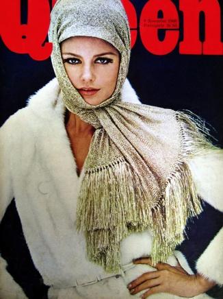 KeciaN_1966_Nov9_Queen_Cover_HelmutNewton_VS