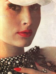 TamaraN_1961_Apr_Bazaar_SaulLeiter_FoldOut2