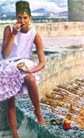 TamaraN_71_1962_Jan_Vogue_British_PurpleDress